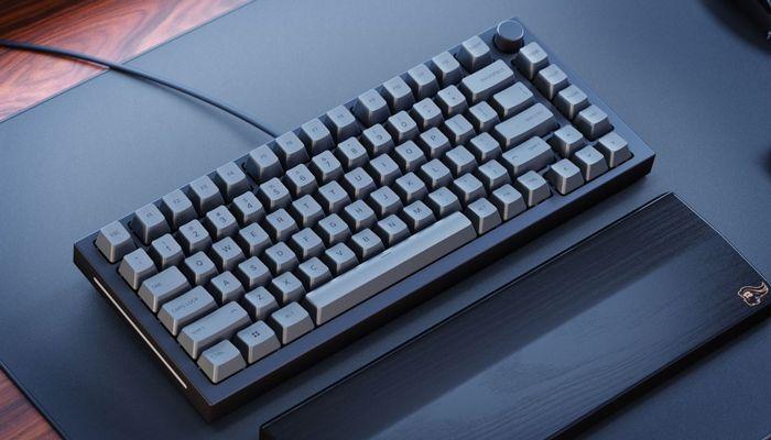Glorious GMMK Pro Keyboard Kit Review