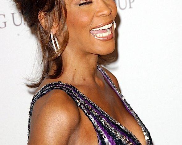 Whitney Houston Estate Announces Hologram Residency In Las Vegas, Scheduled To Start In October