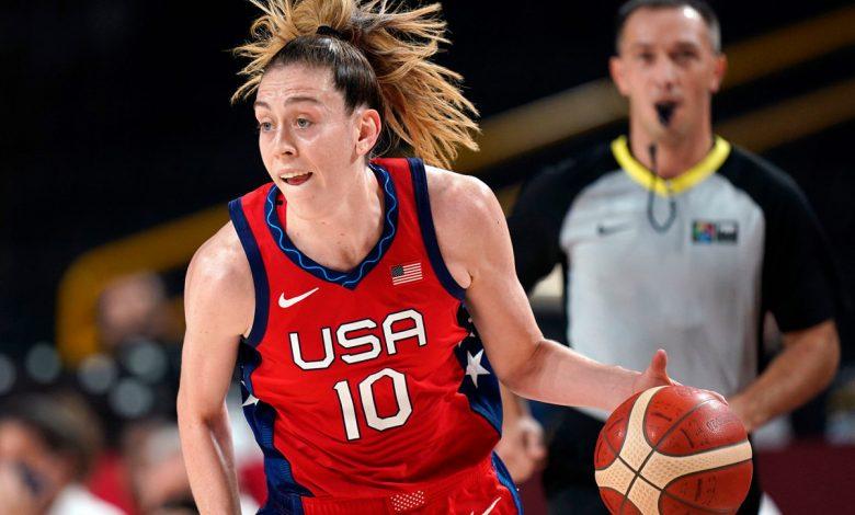 US women's hoops team rolls past Australia to reach semis