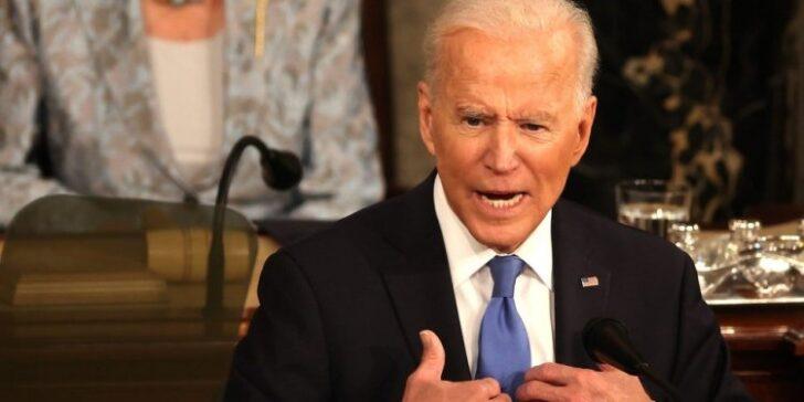 Lawmakers Demand Pelosi Begin Biden Impeachment 'Immediately' After Americans Left in Afghanistan
