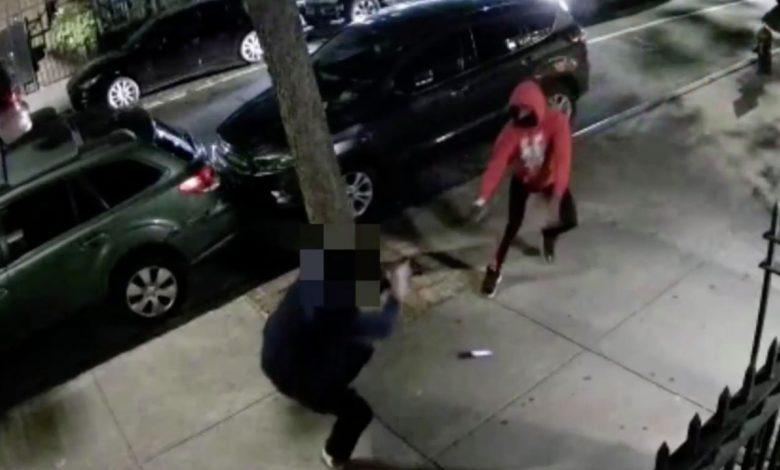 NYC man shot on sidewalk, crime captured on video