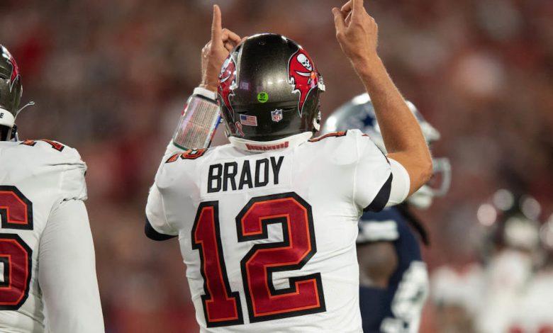 Tom Brady uncorks 47-yard touchdown to Antonio Brown as Buccaneers take lead over Cowboys
