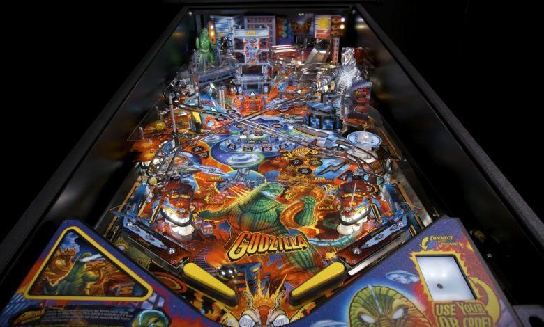 Godzilla pinball machine announced in collaboration between Stern & Toho