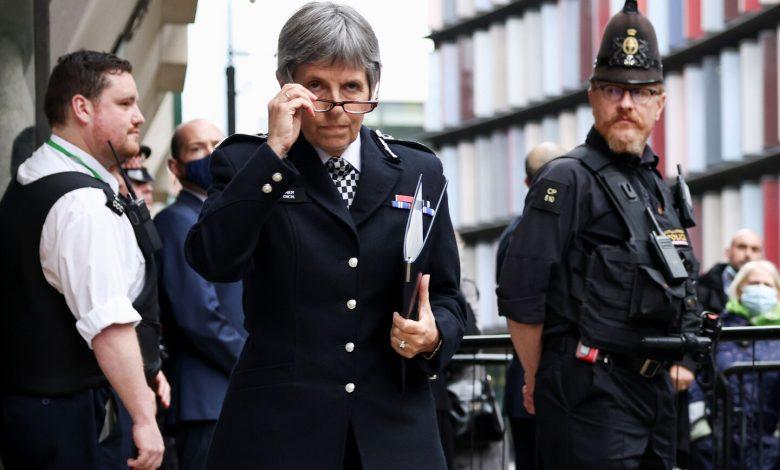 London police recommend women challenge plainclothes agents
