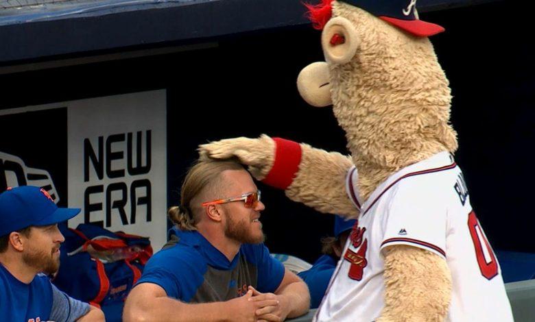 Atlanta Braves Mascot Dresses Like Dr Disrespect at Recent Game